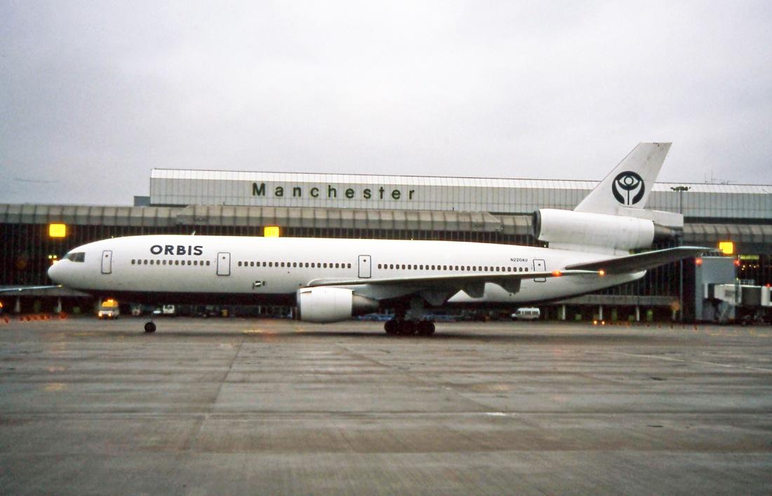 DC-10 N220AU (16.11.1996)
