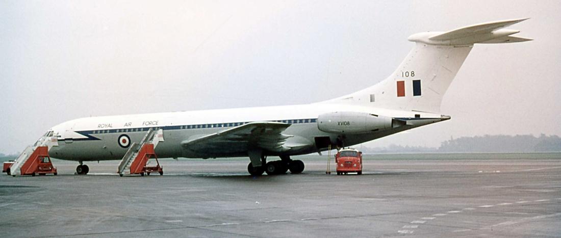 VC-10 XV108 (04.12.1971) a
